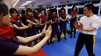 Hong Kong Air Hostesses Study Wing Chun; to Calm Down Angry Passengers?