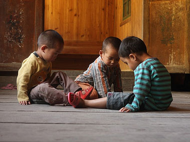 Raising Kids in China? Childcare Do's and Don'ts