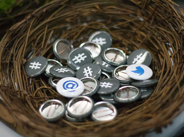 #China: Tweeters and Blogs to Follow