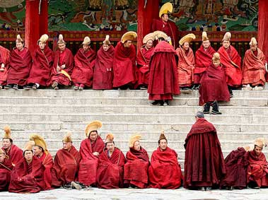 Buddhism in China: Origins, Growth and Temple Etiquette