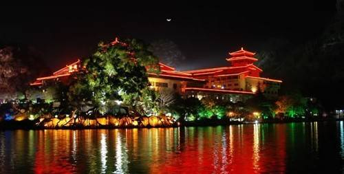 Guilin's Two Rivers and Four Lakes
