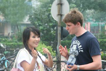 Why Many Expats Don't Speak Chinese