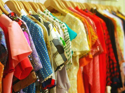 Clothing franchise stores. Online clothing stores